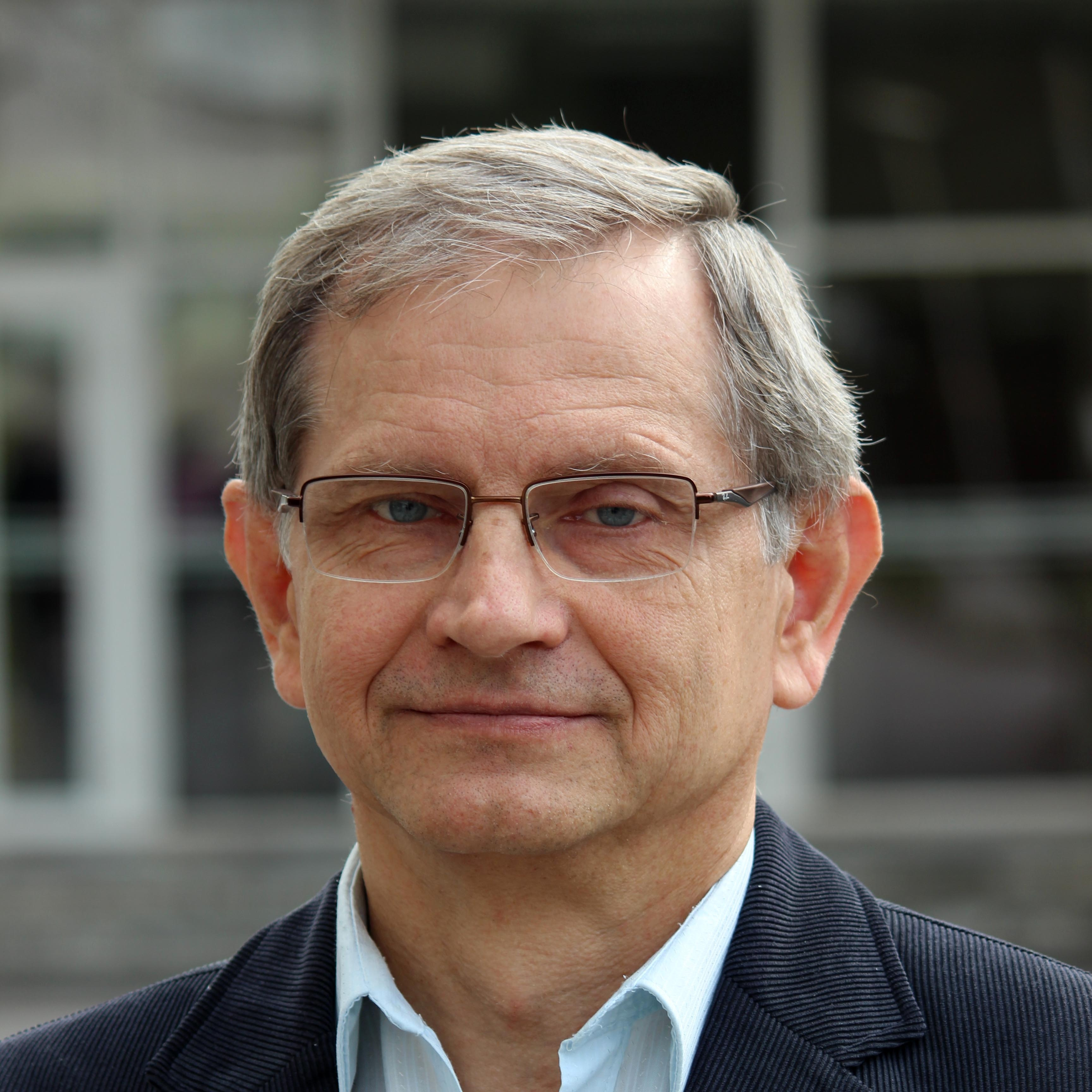 prof. RNDr. Ľubomír Snoha, DSc., DrSc. | Faculty of Natural Sciences University of Matej Bel